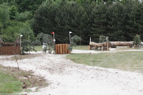 centre equestre de jablines annet le terrain de cross. Black Bedroom Furniture Sets. Home Design Ideas